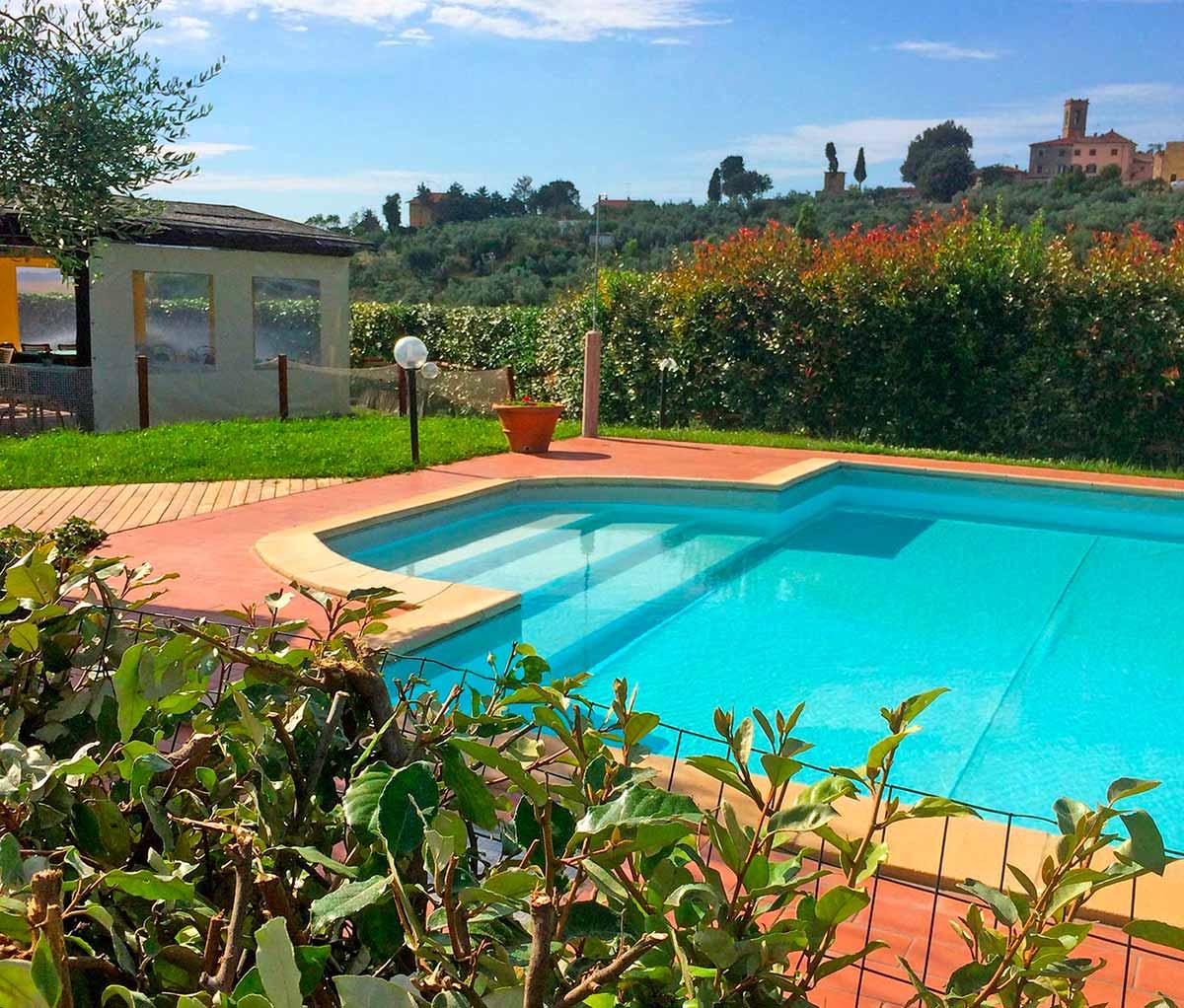 Agriturismo con piscina in toscana podere cortesi - Agriturismo firenze con piscina ...